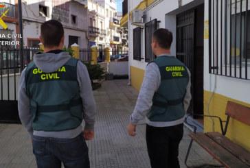 Isla Cristina | La Guardia Civil detiene a un varón y una mujer, por diversos robos en la localidad