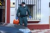 Almonte | La Guardia Civil auxilia a dos mujeres y una menor tras un escape de gas en el interior de su vivienda
