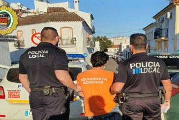 La Policía Local de Cartaya detiene a dos personas tras numerosas denuncias por saltarse el confinamiento