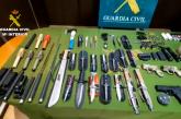 Almonte | La Guardia Civil detiene a dos personas por un delito de tráfico de armas, tenencia ilícita y contra la salud pública en la localidad.
