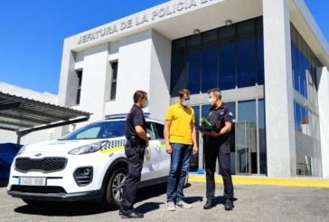 La Policía Local de Cartaya refuerza la seguridad vial con nuevos equipos para prevenir el consumo de alcohol y la conducción