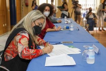 El Ayuntamiento y la Consejería de Igualdad suscriben un convenio de colaboración para la protección de la infancia y la adolescencia