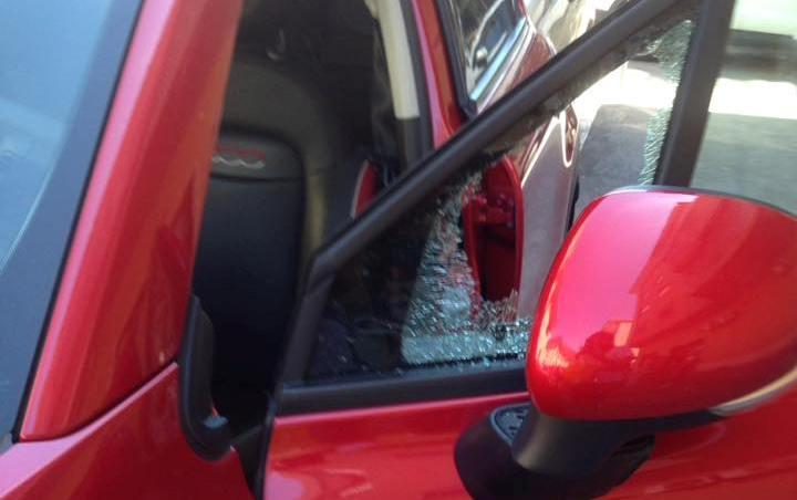 Cassinate – Auto rubate in pieno centro a Cassino. Nella stessa zona, la scorsa settimana a prendere il volo erano state le gomme. Due vetture in fiamme: una a Roccasecca