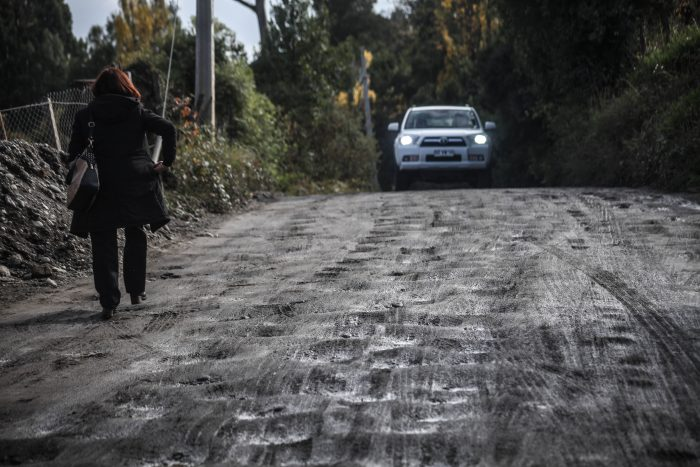 """Castro: vecinos preocupados por """"desafectación"""" de camino en sector Llau Llao."""
