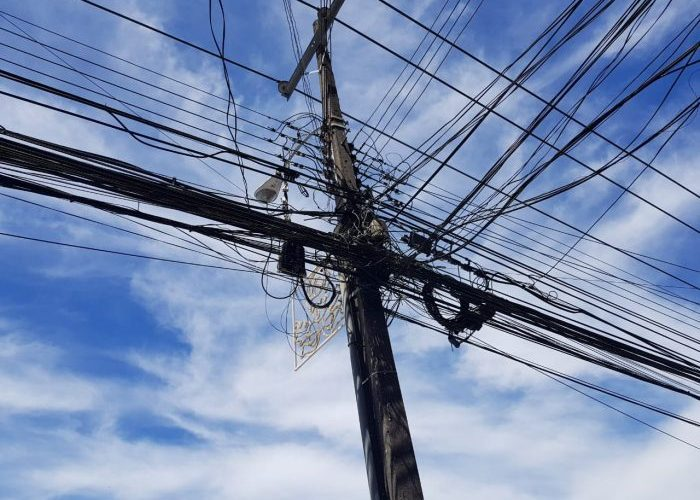 Regional: paulatinamente se recuperaron los servicios eléctricos tras falla en Sistema Eléctrico Nacional.
