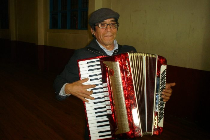 Castro: Sergio Colivoro es el nuevo Premio Chiloé de Extensión Cultural.