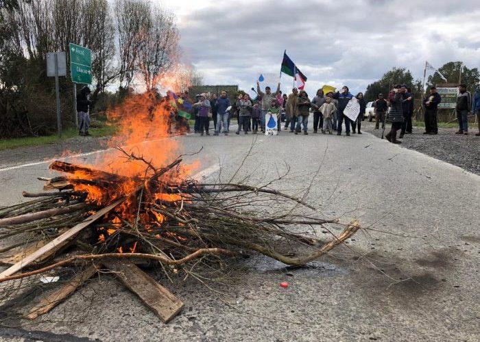 Ancud: vecinos de San Antonio de Hueldén realizan nueva movilización.