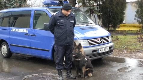 Kan, câinele jandarm