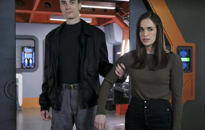 Agents of SHIELD - Garrett y Simmons