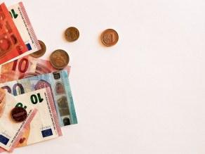 λεφτά χρήματα μετρητά χαρτονομίσματα νομίσματα
