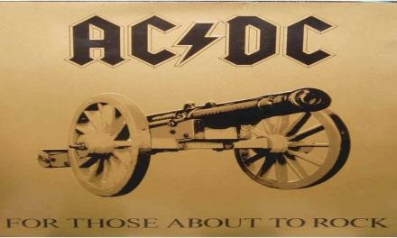 "Novembre 1981: oggi  usciva l'album ""For Those About To Rock"" degli AC/DC."