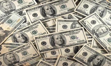10.000 Dollari a chi le trova un marito