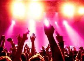 Questa sera su Radio Flash, Extra Party, Da Club, il Jack'd Up Radio e My House