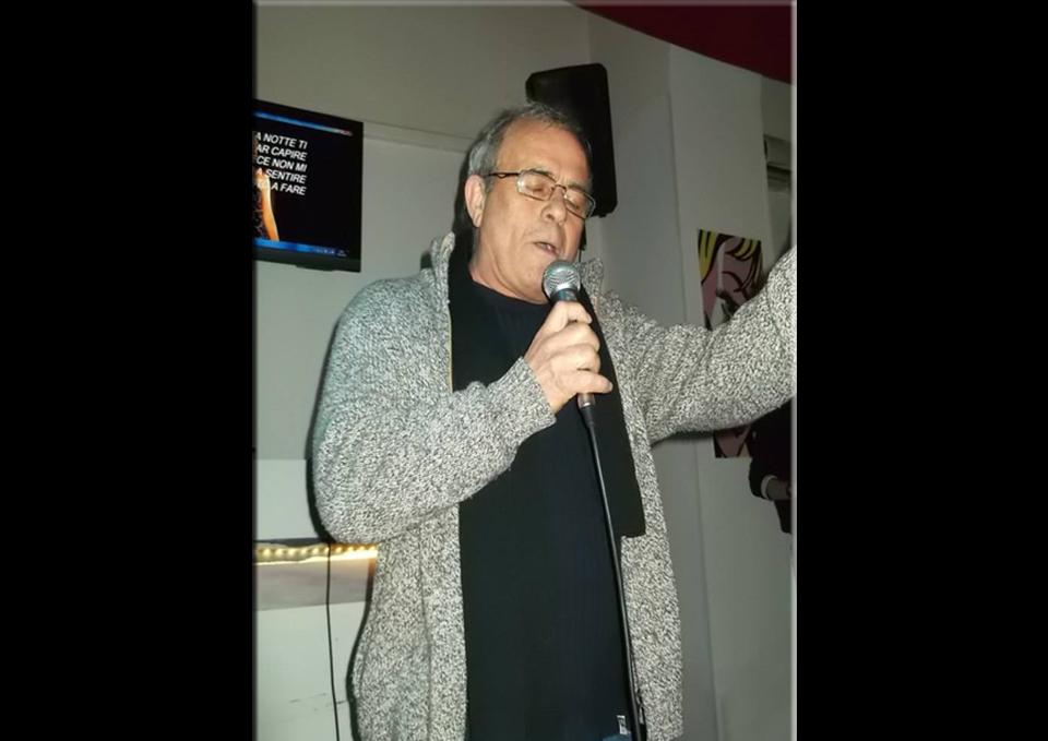 Salfi - Band e artisti consigliati da Radio Gioiosa Marina The Wall