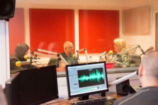 MARK STRINGER SI GABRIEL BEBESELEA LA RADIO IASI - 02 04 2015_05