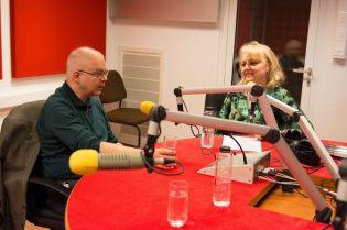 MARK STRINGER SI GABRIEL BEBESELEA LA RADIO IASI - 02 04 2015_13