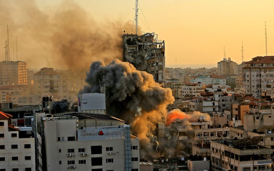 Israeli Occupation Forces Continue Bombardment of Gaza, Destroying 12-Storey Building Housing Al-Jazeera & Associated Press