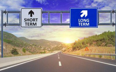 MANAGEMENT | EPISODIO 7 – Anche nella crisi, meglio il breve o il lungo periodo?