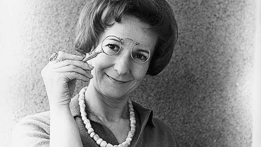 """La leggerezza e la meraviglia della vita. Riflessione su """"Un appunto"""" di Wislawa Szymborska"""