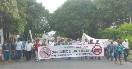 Barrancabermeja, Santander: Pescadores protestan contra extracción de petróleo - WhatsAppImage2018-04-10at1-17-35PM