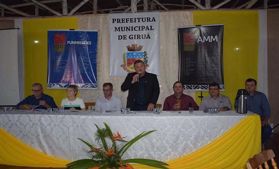 Reunião da AMM discutiu abrigo para mulheres vítimas de violência, ponte em Porto Xavier e ensino de língua alemã nas escolas