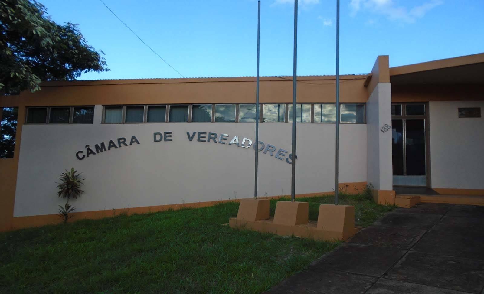 Bossoroca: câmara de vereadores vai homenagear cidadãos com títulos hoje