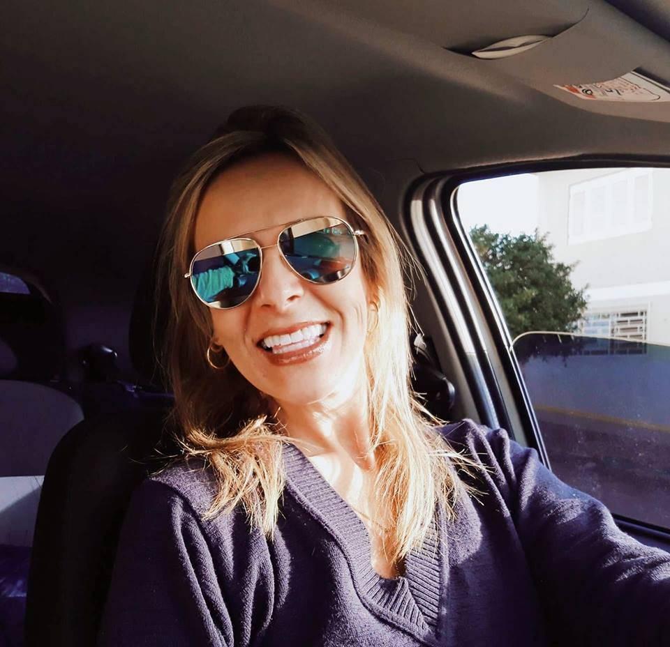Ana Carla Lucas, professora são-luizense, faleceu neste sábado