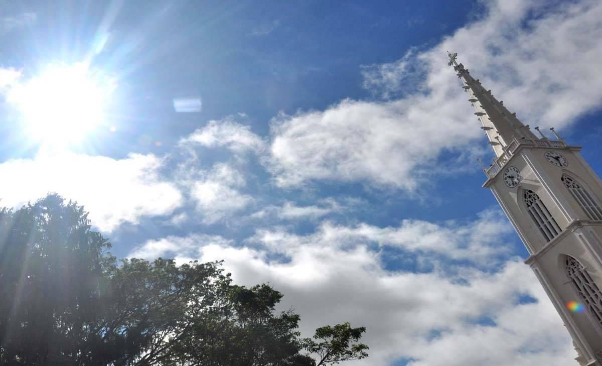 Sol e calor nesta quarta-feira