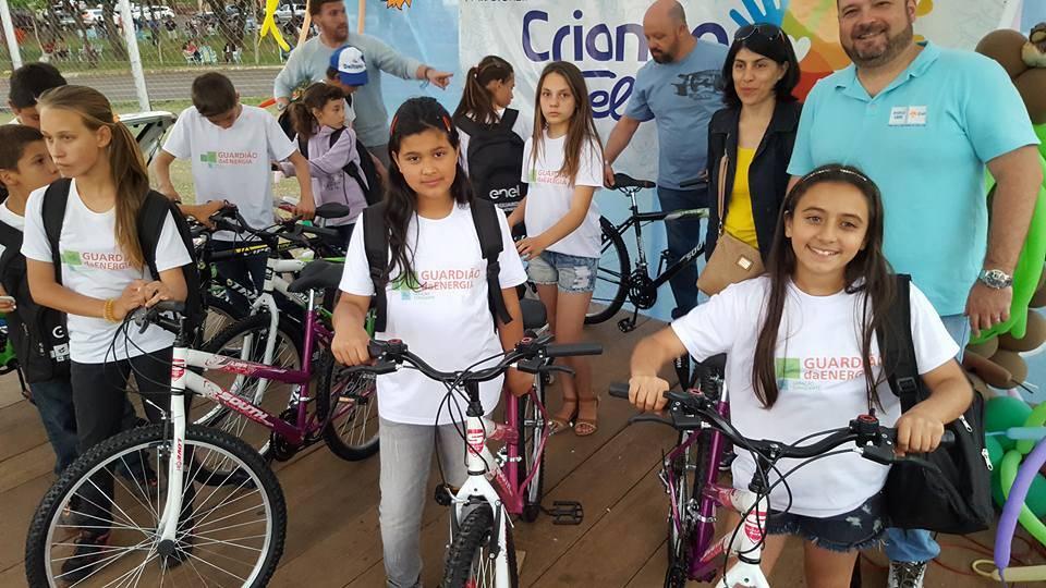 Mais de 20 bicicletas serão distribuídas domingo na festa Criança Feliz