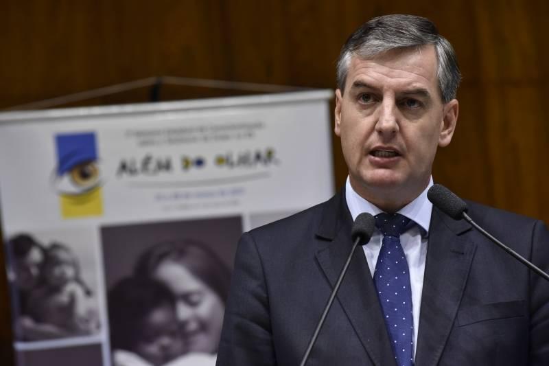 Com decisão do PDT de não ser base do governo, Loureiro não será secretário de educação