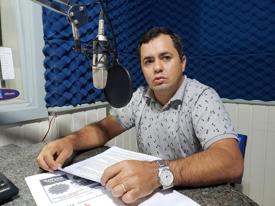 Falta de diálogo na prefeitura prejudica obras em São Nicolau, lamenta vice-prefeito