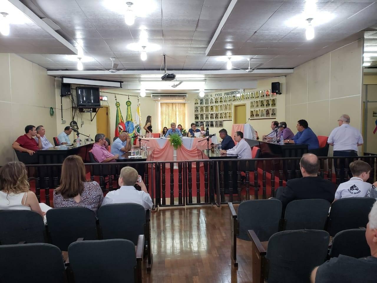 Legislativo entregou diploma empreendedor destaque de São Luiz Gonzaga