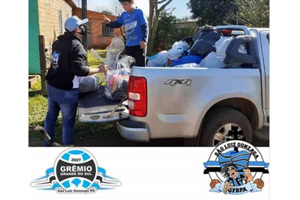 Representações do Grêmio em São Luiz entregam donativos da 4ª Campanha de Inverno Tricolor na Vila Boa Esperança