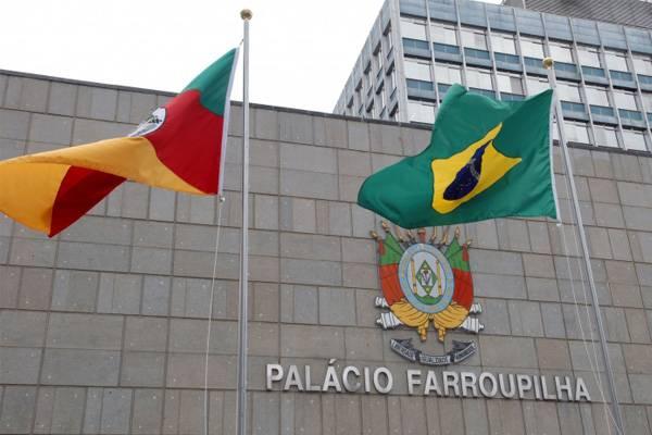 Presidente da Fecoagro vê possibilidade de sensibilizar deputados para barrar reforma tributária, mas tempo curto para votação é um obstáculo