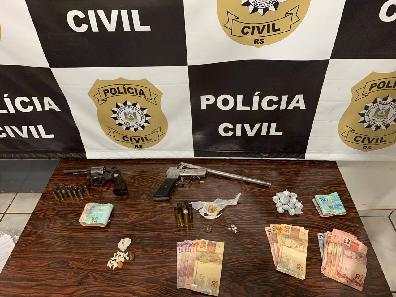 """A Polícia Civil, neste sábado (19), realizou a """"Operação Linha Proibida"""""""