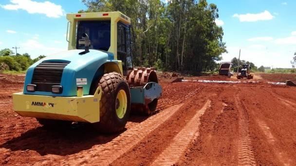 Conclusão do asfalto em Itacurubi deve ficar pronta até abril