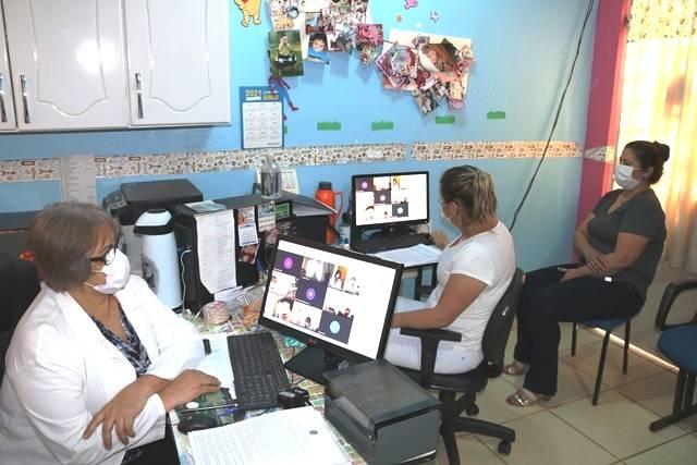 Profissionais da Saúde participam de capacitação do sistema de digitação e único da campanha de vacinação contra a Covid-19