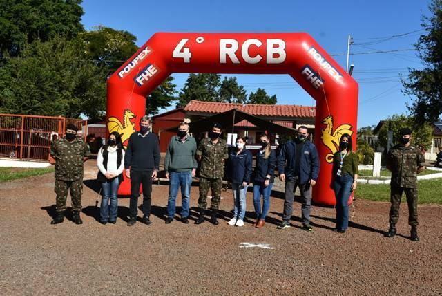 4º RCB e entidades parceiras realizaram a entrega dos donativos da Campanha do Agasalho 2021