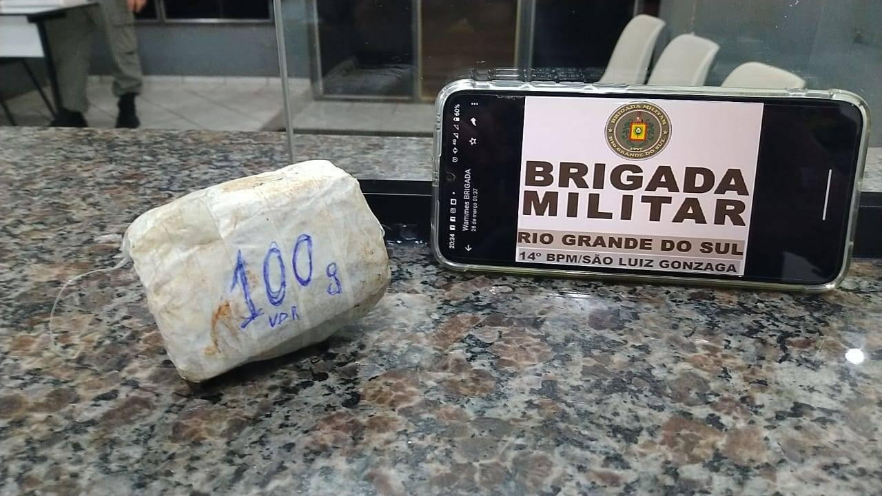 Brigada Militar apreende droga que seria lançada ao pátio do Presídio de São Luiz Gonzaga