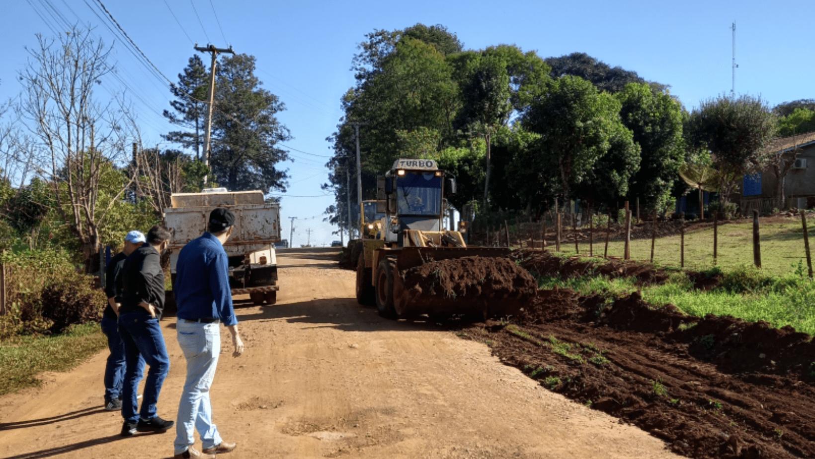 Administração de Roque Gonzales inicia obra de calçamento no Bairro Cotrisa