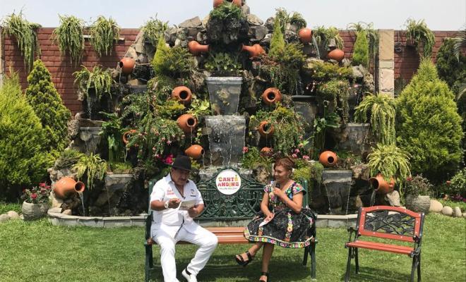 Magda celebra su aniversario junto al Chinito del Ande, Raul Arquinigo y muchos artistas mas.