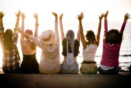 L'amicizia vera fa bene alla salute. Ecco perché - Radio Monte Carlo