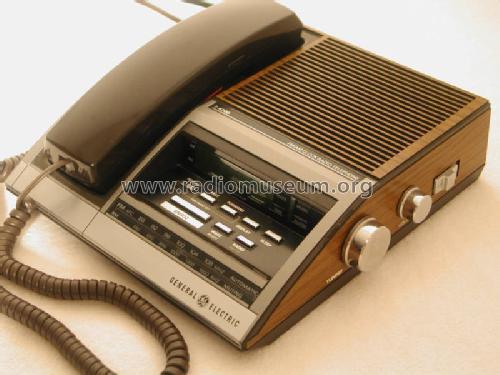 Clock Radio Telephone 7 4700
