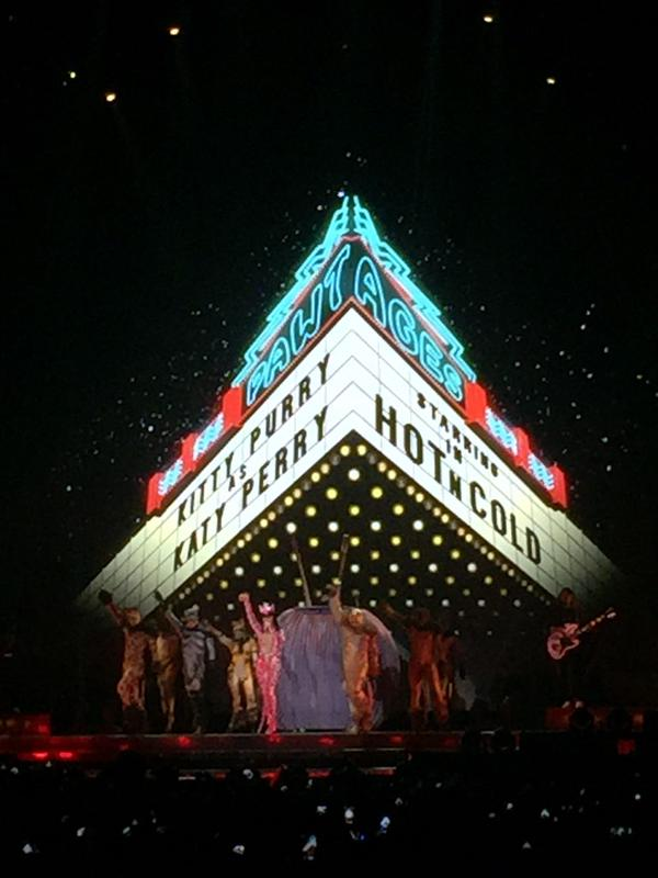 katy-perry-milano-10