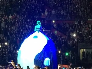 katy-perry-milano-12