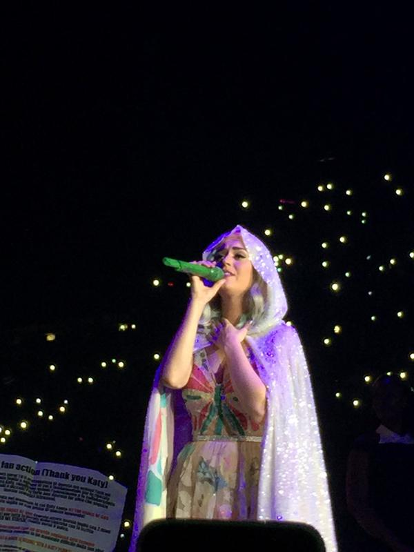katy-perry-milano-15
