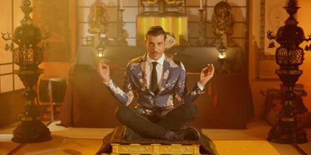 Occidentali's Karma: testo e significato della canzone di Gabbani