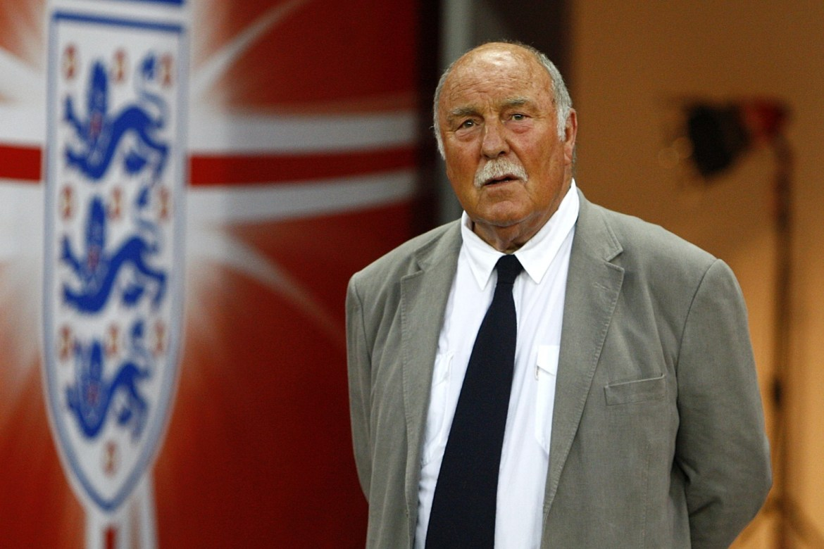 Tottenham and England greats pay tribute to 'best goalscorer ever' Jimmy Greaves.