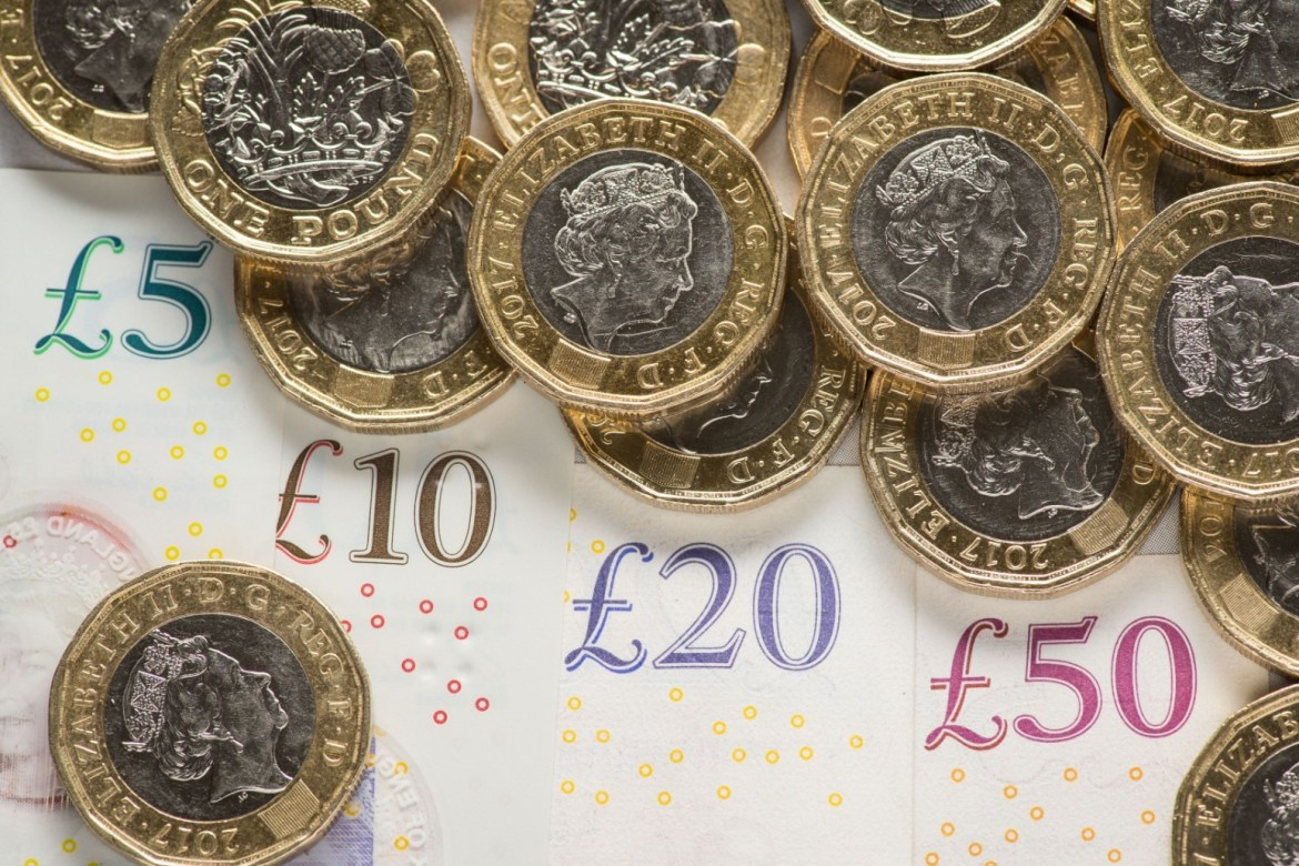 Cash savers to be given confidence boost to make the jump into investments