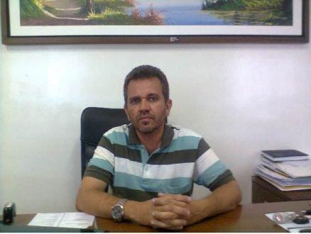 Câmara de Tuparetama homenageia ex-prefeito Dêva Pessoa